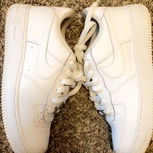 White air forces(HAVE BEEN WORN)